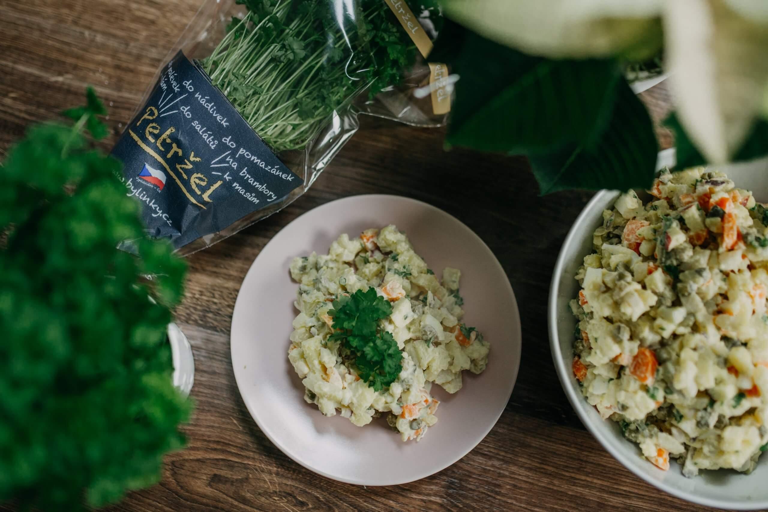 Bramborový salát s petrželkou
