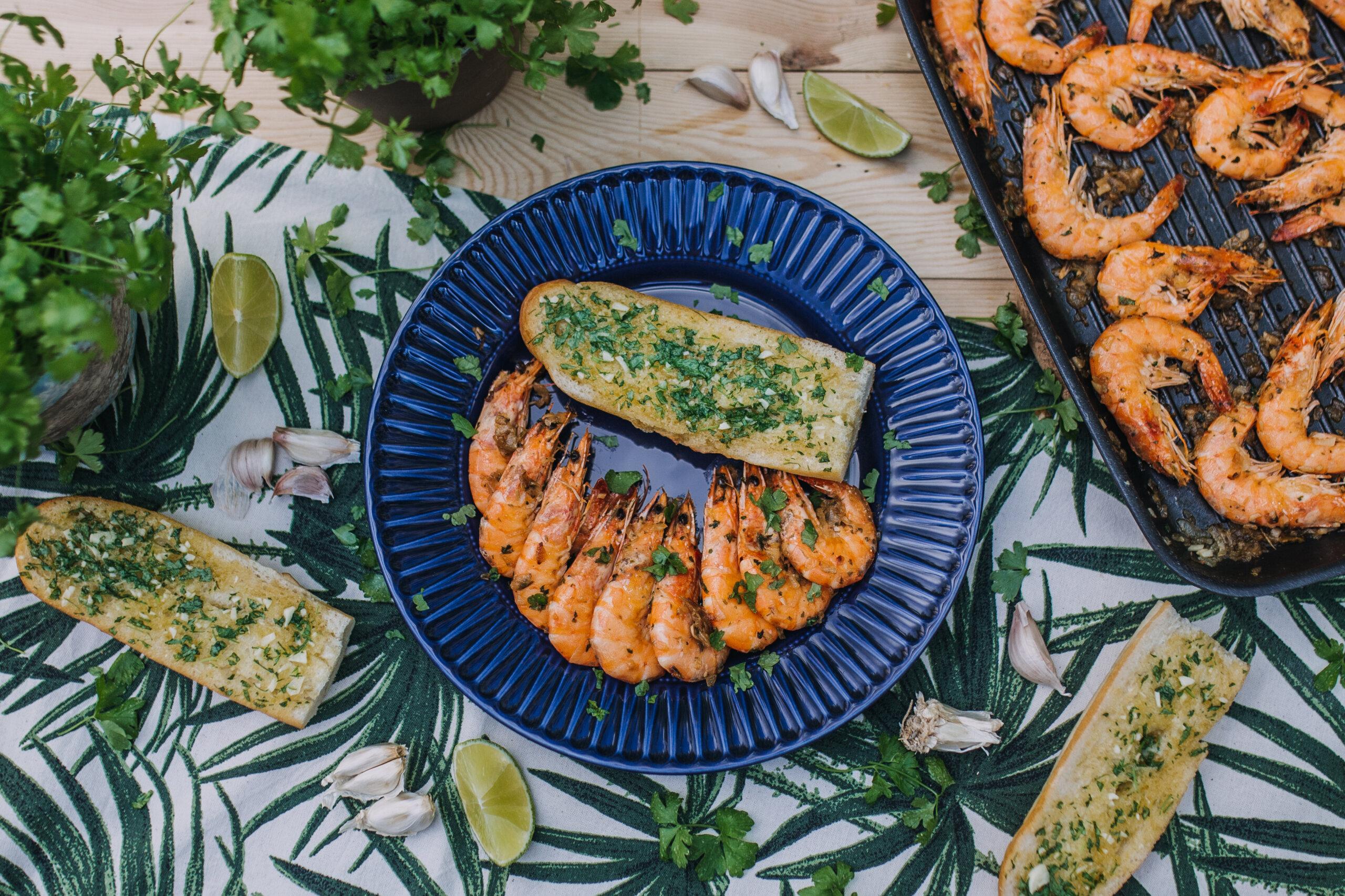 Krevety s bylinkovou bagetkou